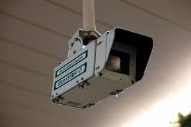 監視カメラを屋外に設置するときの選び方や種類!設置する際の注意点
