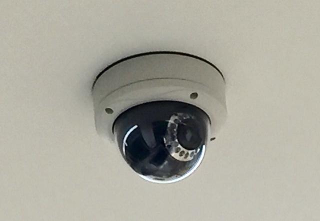 自宅に設置するならどれ?監視カメラの種類について