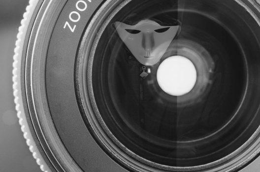 万引発生!防犯カメラが発生率を下げる!効果的な設置とカメラ選び