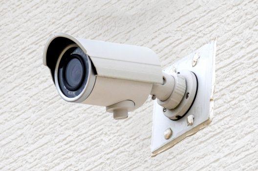 防犯カメラの設置費用|ランニングコストや種類・設置場所の選び方