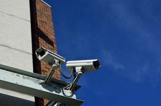 自宅に防犯カメラを設置する際の注意点